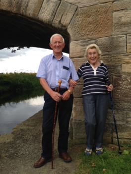 dorothy-and-norrie-walking-by-the-union-canal-in-linlithgow